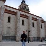 Al fondo la Catedral